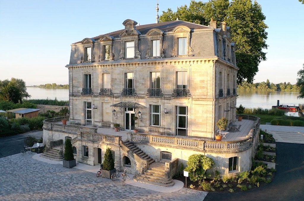 Le Château Grattequina, hôtel et lieu de réception de charme